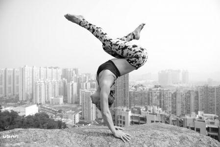 4 lowri thomas contortionist