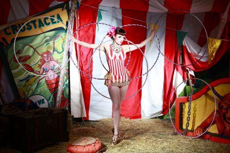 4 victorian burlesque act