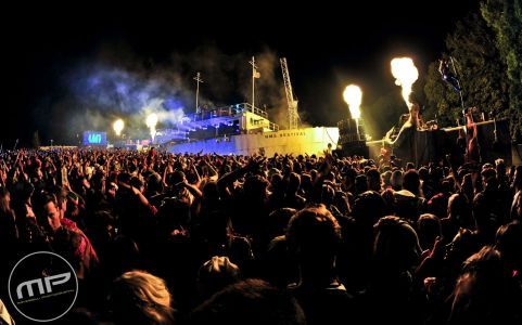 Bestival Port Stage 2013 (1)