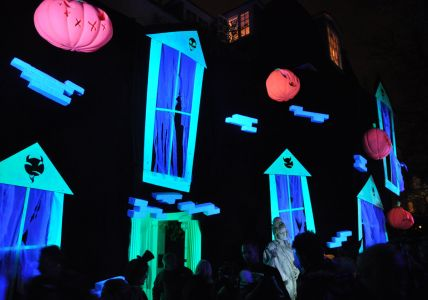 Jonathan Ross London Home Halloween
