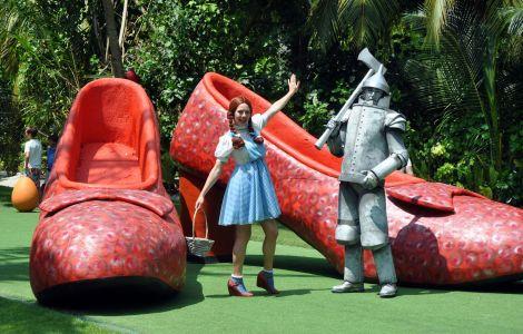 Area 51 Wizard Of Oz Theme