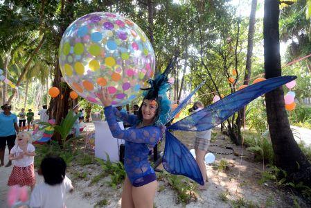 Butterfly Girl Maldives