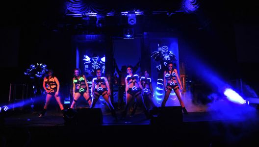 Dancers Hafan Y Mor