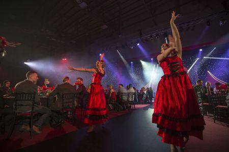 Dancers Moulin Rouge Ricoh