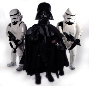 dwarf vader and short troopers