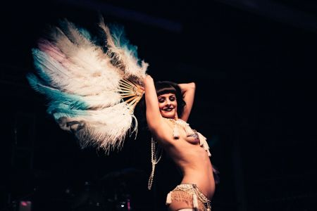 feathers girl dancer