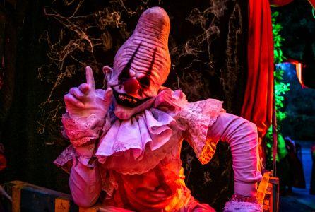 freakshow clown halloween