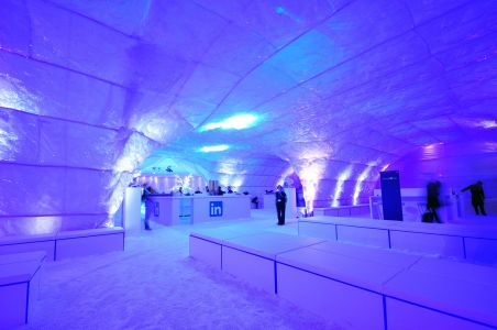 Giant Ice Cave Decor And Props