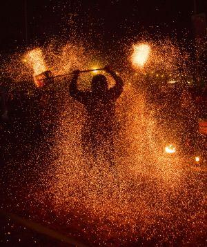 glastonbury fire performer