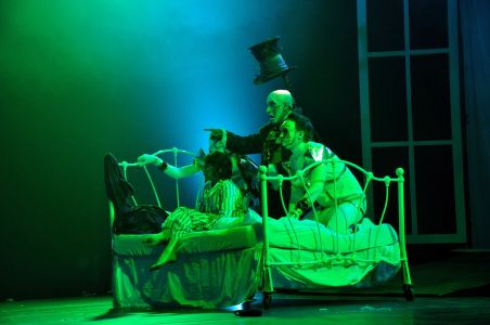 glastonbury circus big top