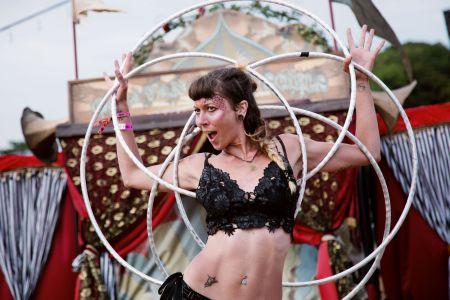 hula hoop circus girl