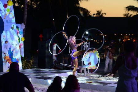 hula hoops alice in wonderland