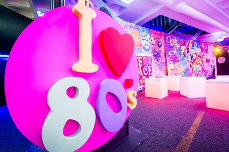 I Love The 80s Decor