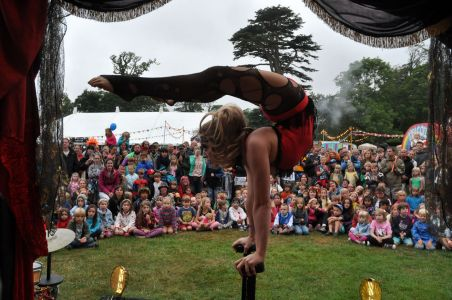 Show Camp Bestival