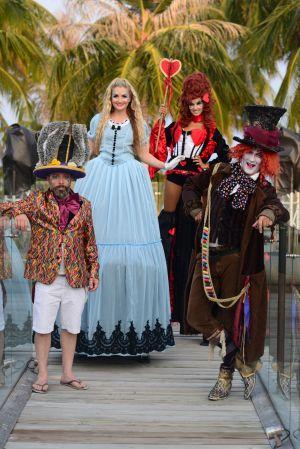 Stilts Alice In Wonderland