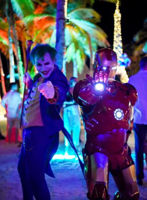 superhero walkabout characters