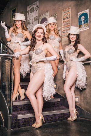 twenties burlesque troupe