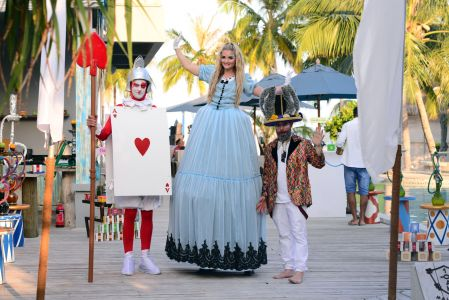 Wonderland Stiltwalkers Maldives