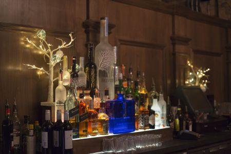 Xmas Bar Decor